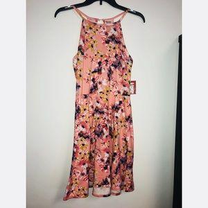 Pretty Floral Dress M NWT